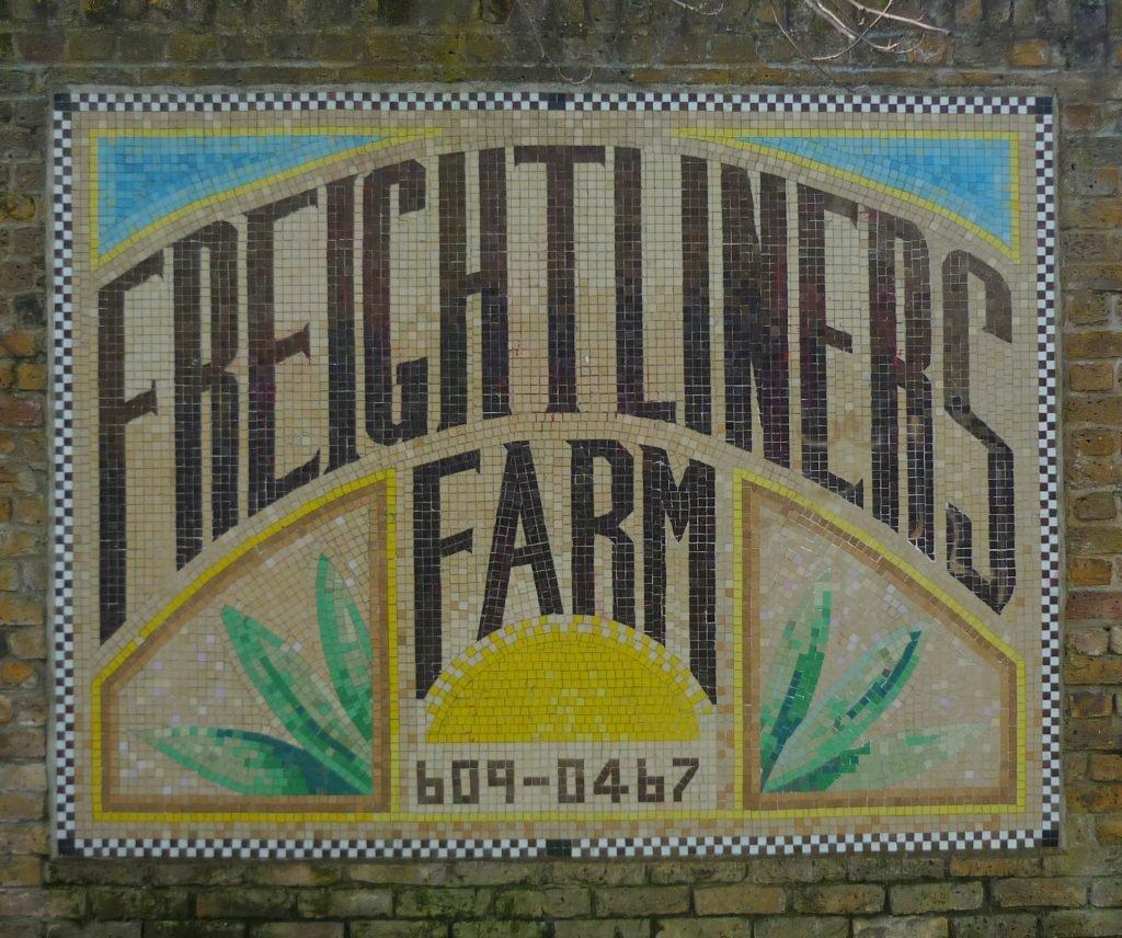 Freightliners Farm Entrance